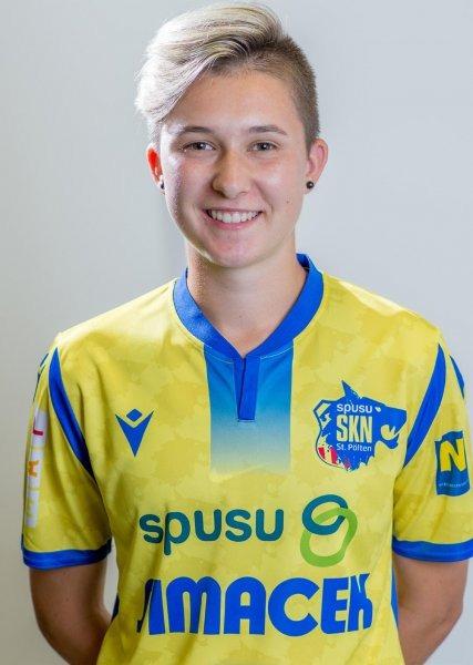 Mária Mikolajová, SKN St. Pölten